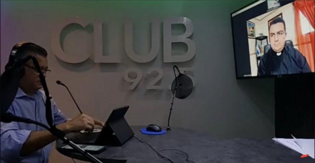Padre Edwin Baños en entrevista Radio Club